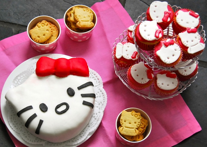 Hello Kitty Birthday treats