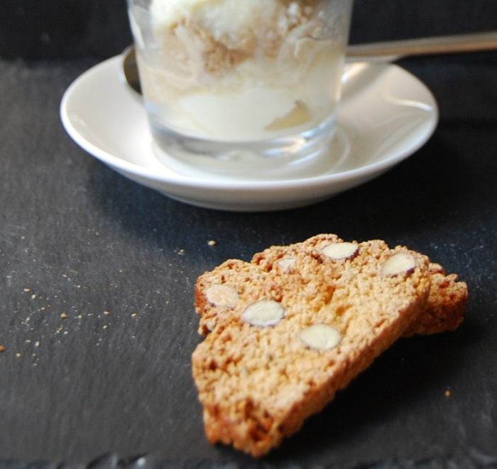 Latte Macchiato gelato and cantuccini