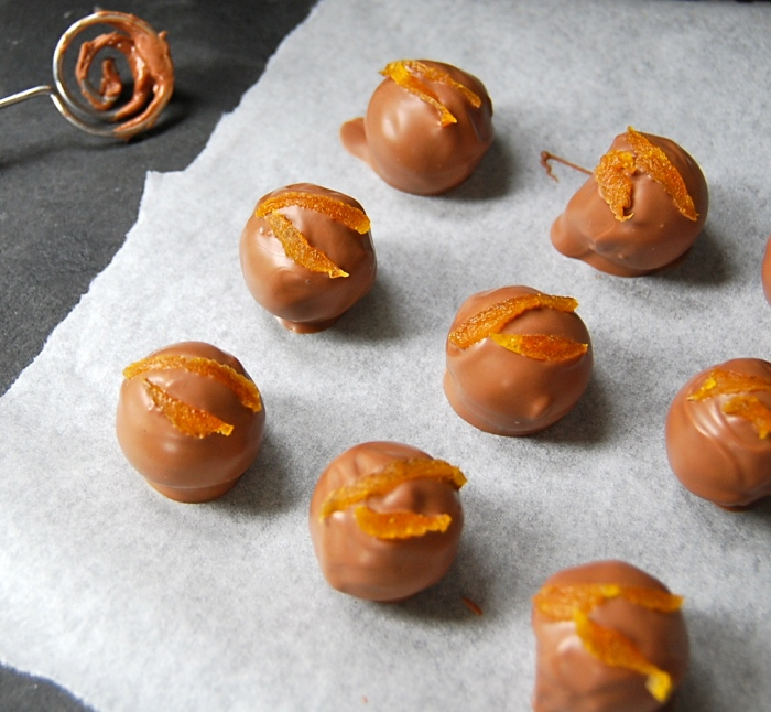 apricot brandy truffles 1