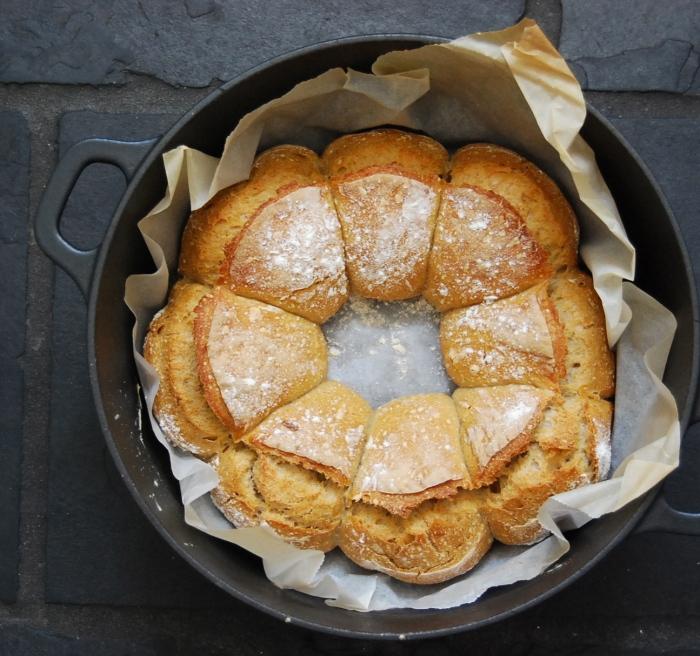 sourdough couronne in dutch oven