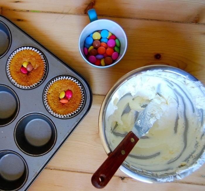 Pinata cupcakes filling